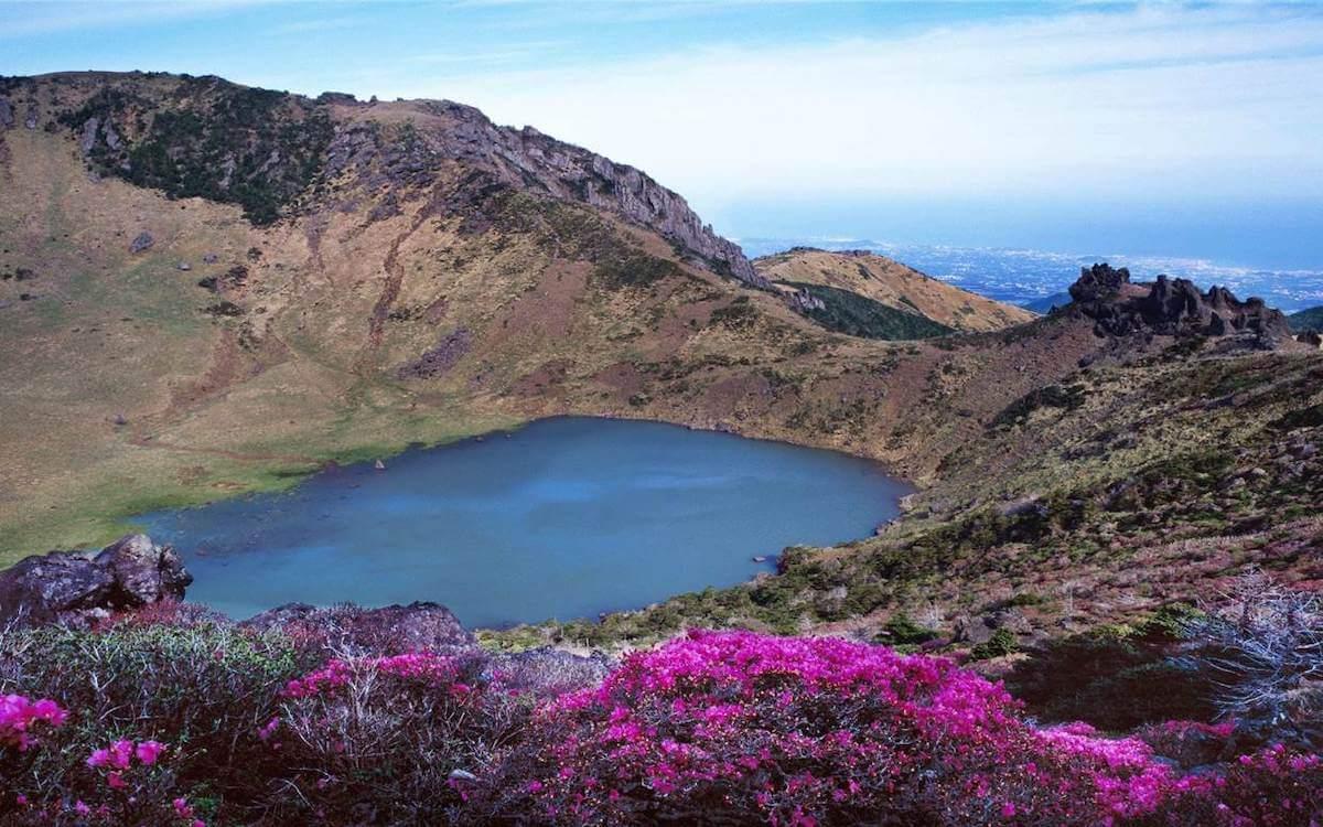 Baengnokdam lake Hallasan Jeju Korea.
