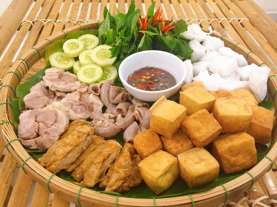 Bun dau mam tom vietnamese food.