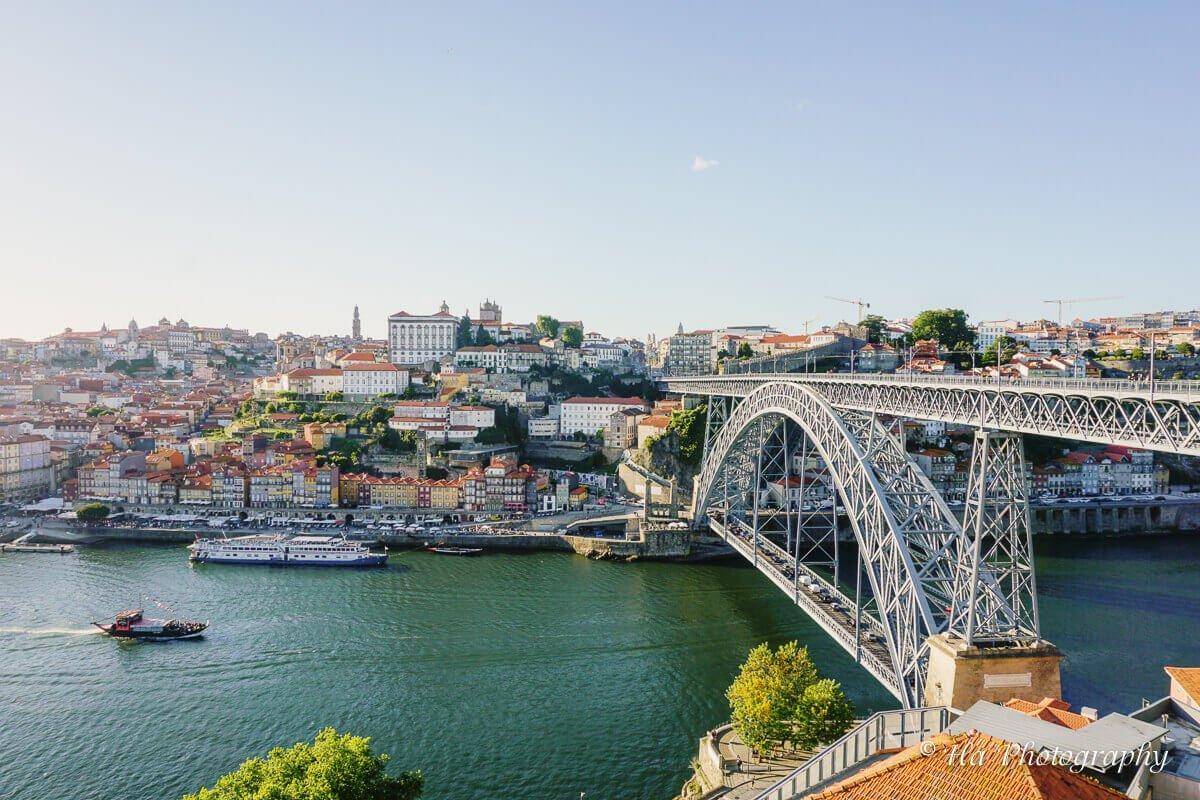 Ponte Luis bridge Porto Portugal travel guide.