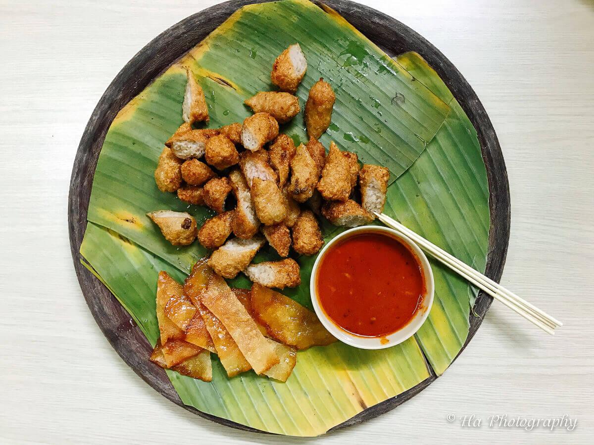 nem chua ran vietnamese food.