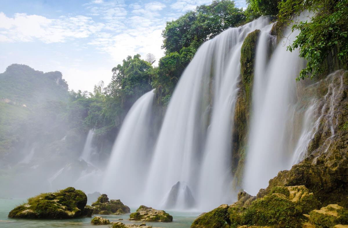 best waterfalls Vietnam.